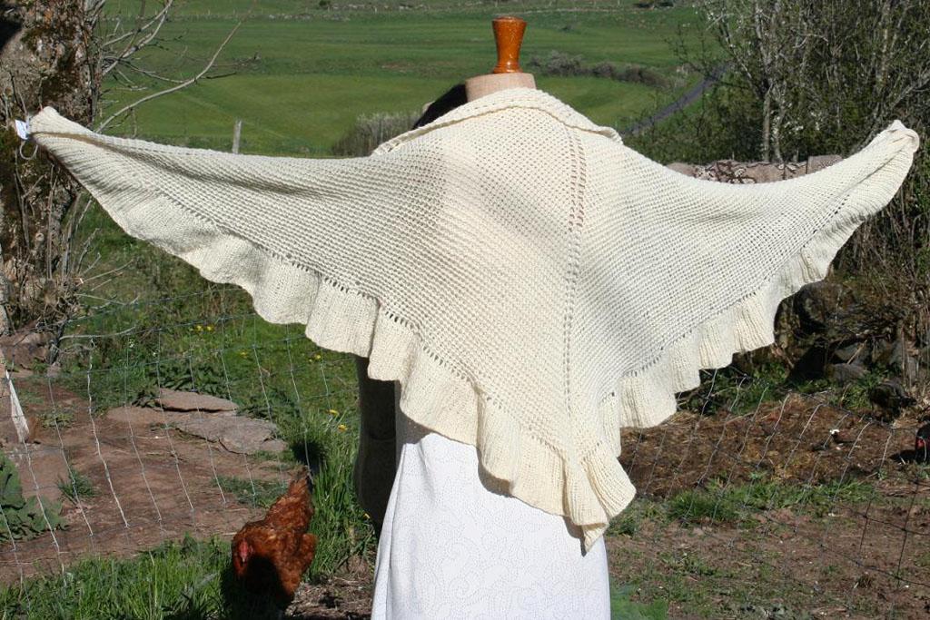 châle blanc en laine