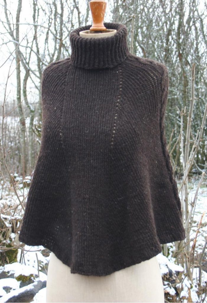 poncho marron en laine